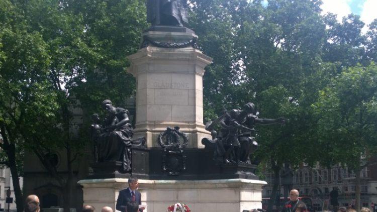 Отбелязване на годишнина на Уилям Гладстон в Лондон