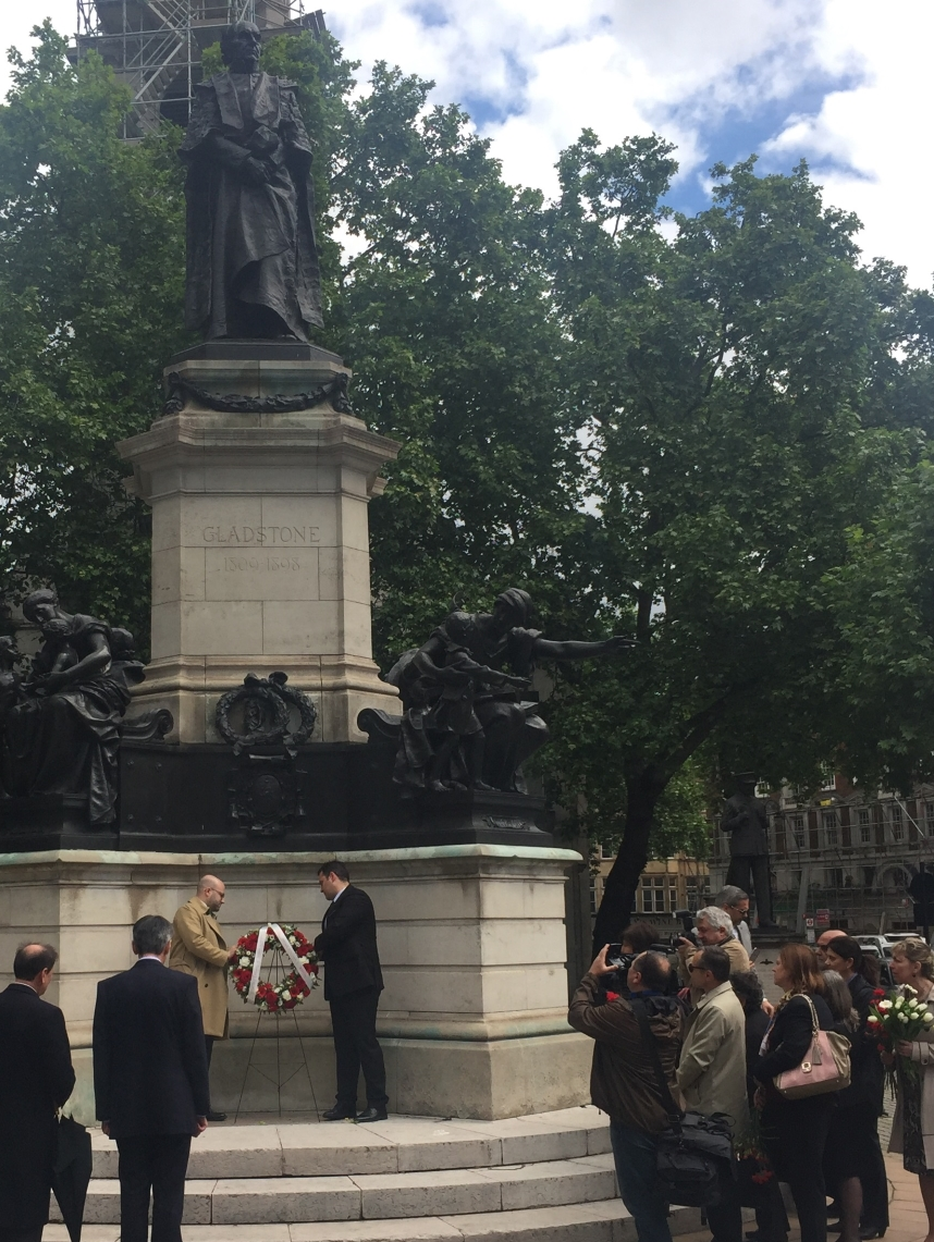 Wreath laying ceremony in honour of William E. Gladstone