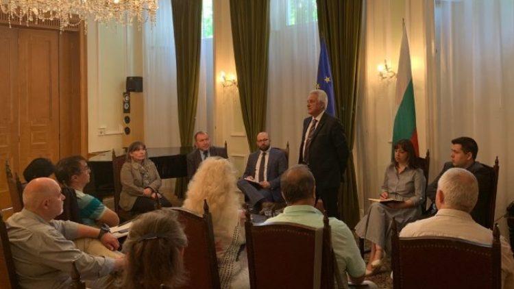 Среща на посланик Райков с български медии в Лондон