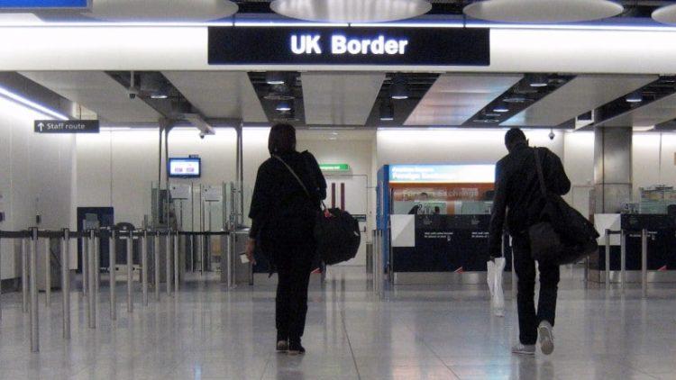 Актуална информация относно ограничителни мерки за влизане в ОК спрямо български граждани
